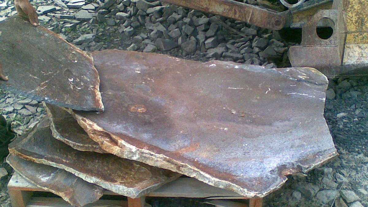 Štiepaný kameň